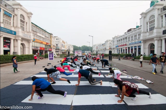 Yoga on the street